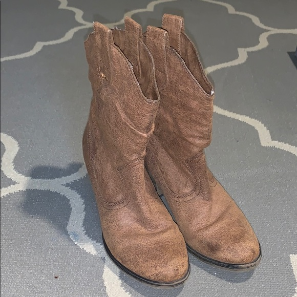 fb6eca74883 Rocket dog cowboy boots soft size 8
